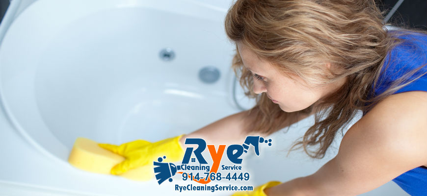 benefits of hiring a housekeeper to clean your bathroom